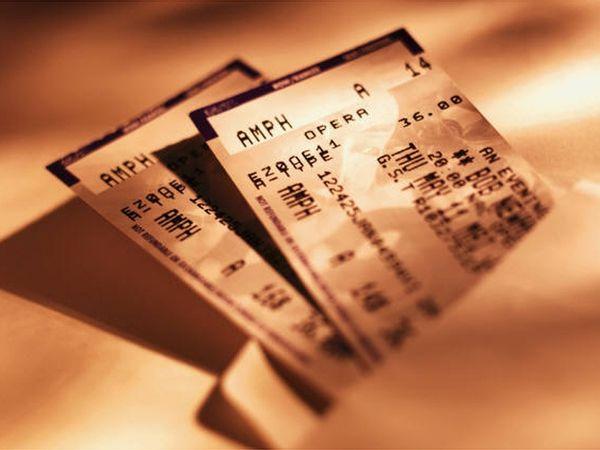 Как купить дешевый билет в театр